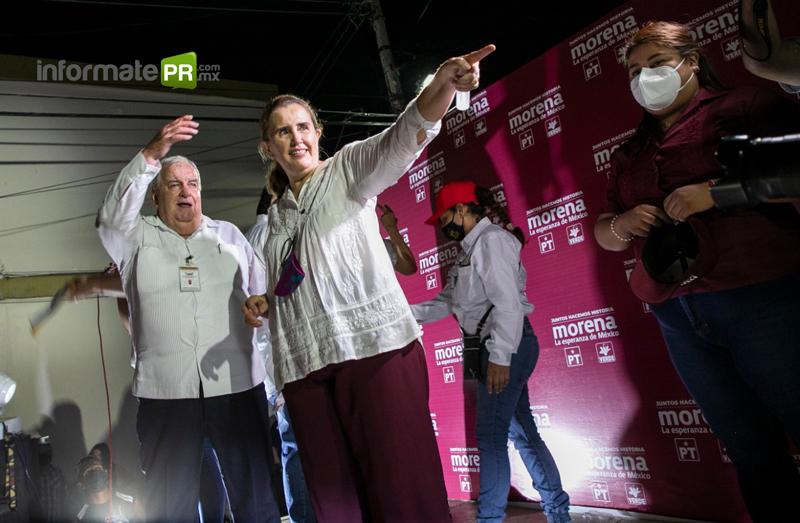 """Fernando """"pulpo"""" Remes y Cecilia Guevara de Elías, candidatos por Morena a la alcaldía y diputación local (Foto: Jorge Huerta E.)"""